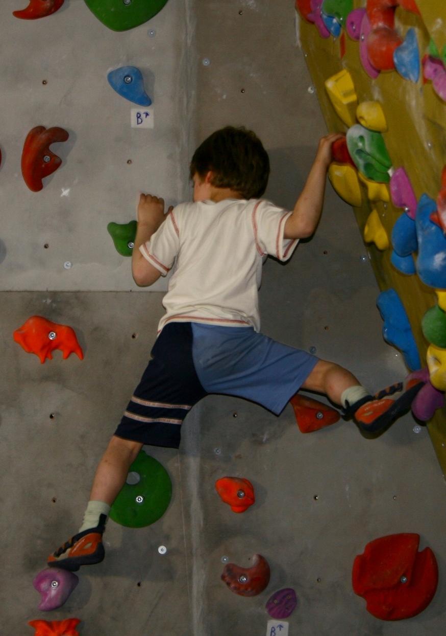 נולד לטפס